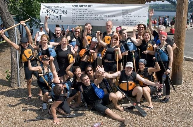Team Pittsburgh after winning the 2007 Philadelphia Independence Dragon Boat Regatta